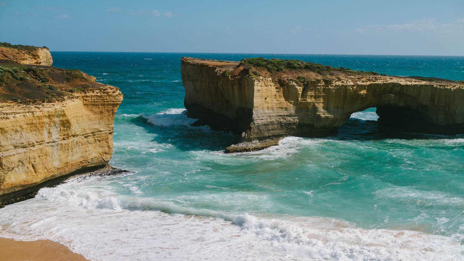 Loch Ard Gorge, Great Ocean Road, Victoria, Australia. Photo: Robert Seba