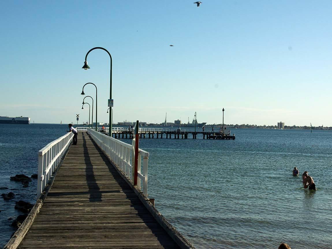Port Melbourne Beach, Melbourne, Victoria, Australia